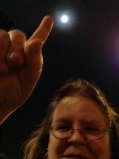 Moon thumb
