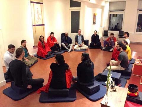 Social meditation circle